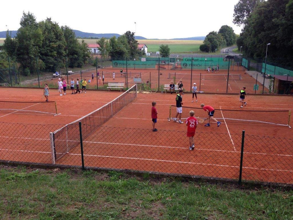 Tennis junioren beim Ferienpass Wiesentheid